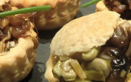 Christmas gourmet recipe: vol-au-vent with mushrooms and Iberian ham